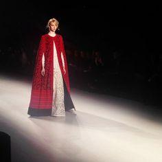 2014 Mercedes-Benz Fashion Week NYC.  Tadashi Shoji.