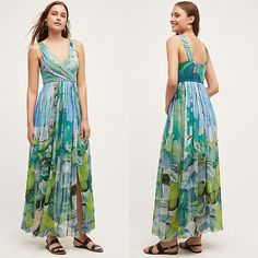 This Pretty floral maxi dress is a great find for summer fashion