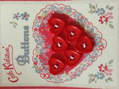 Heart-shaped buttons #cathkidston #sew Cath Kidston Shop, Fun Crafts, Arts And Crafts, Button Cards, Button Flowers, Cute Images, Sewing Projects, Sewing Ideas, Cross Stitching