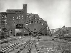 Shorpy Historic Picture Archive :: Woodward Breaker: 1900 high-resolution photo
