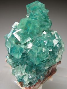 Cuprian Smithsonite from Tsumeb with gemmy...