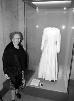 Holocaust survivor Lilly Friedman and her parachute dress on display in the Bergen Belsen Museum Parachute Dress, Jewish History, History Major, Chicago Wedding Venues, Interesting History, Vintage Bridal, Wedding Gowns