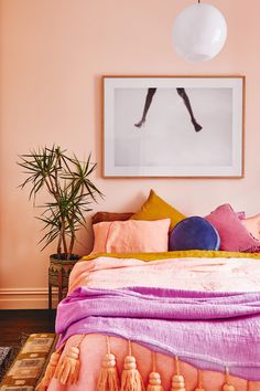 Kip&Co creative Alex McCabe Shares her authentic approach to colour. Photography by Nikole Ramsay. From the January 2018 issue of Inside Out Magazine. Available from newsagents, Zinio, https://au.zinio.com/magazine/Inside-Out-/pr-500646627/cat-cat1680012#/ and Nook.