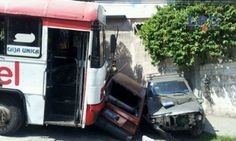 Bus R-9 se accidentó esta mañana en Ayutuxtepeque por falta de frenos Vía @mauricioportil1