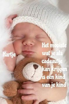 Mijn drie kleinkinderen Kiss Pictures, Baby Pictures, Baby Photos, Mini Mo, Baby Memes, Love Facts, Baby Gym, Binky, Pro Life