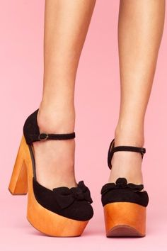 I think i would feel like a giant in the Jeffrey Campbells but i still love them