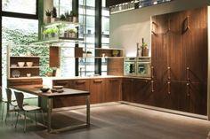 Contemporary Wooden Oak Kitchen Furniture with Ecological Design from Snaidero Oak Kitchen Cabinets, Kitchen Furniture, Kitchen Chairs, Cocinas Kitchen, Luxury Kitchen Design, Herbs Indoors, Deco Design, Design Trends, Kitchen Trends