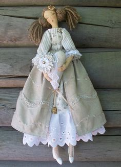 dolls disney princess hasbro CLICK VISIT link to see more - Caring For Your Collectable Dolls. Doll Crafts, Diy Doll, Fabric Dolls, Paper Dolls, Doll Toys, Baby Dolls, Dolls Dolls, Tilda Toy, Doll Tutorial