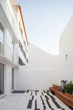 Gallery - House in Rato / CHP Arquitectos - 25