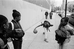 Inspired by Andre D. Wagner, Lessons on Street Photography - Inspired by Andre Wagner, Lessons on Street Photography - Street Photography Tips, Urban Photography, White Photography, Black N White Images, Black And White, Bed Stuy, Version Francaise, Cultural Identity, Foto Art