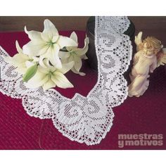 Muestras y Motivos os anima a realizar esta delicada puntilla tejida a crochet.  #muestrasymotivos #puntillas #crochet
