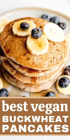 Easy vegan buckwheat pancakes! These delicious buckwheat pancakes make the perfect breakfast. Naturally gluten-free, oil-free and refined sugar-free, this recipe is great for the whole family. Vegetarian Brunch, Healthy Vegan Breakfast, Delicious Breakfast Recipes, Savory Breakfast, Perfect Breakfast, Brunch Recipes, Clean Breakfast, Breakfast Ideas, Healthy Food