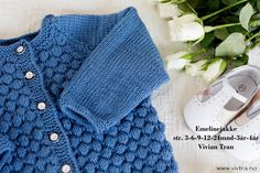 Ravelry: Emelinejakke by Vivian Tran Diy Crafts Knitting, Knitting For Kids, Baby Knitting Patterns, Free Knitting, Crochet Baby, Knit Crochet, Crochet Books, Baby Sweaters, Little People