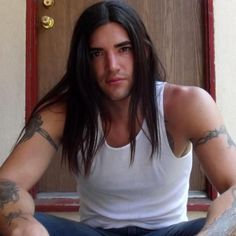 Maxton Scott is a Native American model. He's also perfect for Jasreel (Jace), the djinn who's in love with Jessica Monroe in the Djinn Wars books.