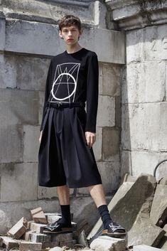 McQ Alexander McQueen Spring 2016 Menswear Fashion Show