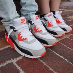 45e7f12e4d Finally found kicks with my favorite classic Airmax 90s infrared.