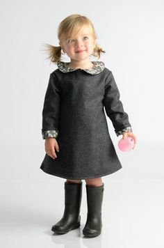 Inspiration:  solid A-line dress with a great contrasting peter pan color and sleeve -so stylish - must simplify! - mabo