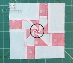 Windmill Quilt Block Tutorial: and finished Quilting Tips, Quilting Tutorials, Quilting Designs, Patchwork Quilting, Quilt Block Patterns, Pattern Blocks, Quilt Blocks, Pinwheel Quilt, Quilt Material