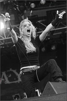 Hugs !! x3 Arch Enemy: Angela Gossow