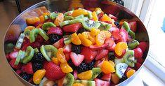 Santé-énergie: Salade de fruits arc en ciel avec du miel et du citron vert En savoir plus sur http://www.sante-nutrition.org/salade-de-fruits-arc-en-ciel-avec-du-miel-et-du-citron-vert/#dHVqjjPLg5csqHba.99