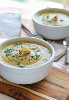 Curried Roasted Cauliflower Soup | Girl Cooks World