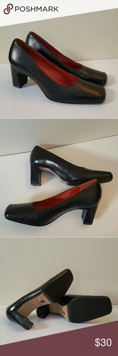 Rockport heels Very comfortable dress shoes. In great condition. Rockport Shoes Heels