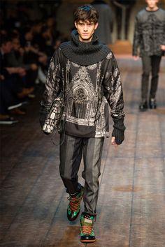 Dolce & Gabbana Fall 2014 Menswear Fashion Show Runway Fashion, Fashion Show, Mens Fashion, Fashion Design, Fashion Menswear, Fashion Details, High Fashion, Dolce & Gabbana, Vogue Paris
