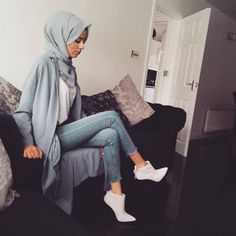 All blue tap for deets! Modest Wear, Modest Outfits, Modest Fashion, Fashion Outfits, Muslim Women Fashion, Islamic Fashion, Hijab Outfit, Hijabs, Street Hijab Fashion