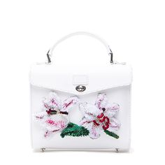 White vegetable tanned leather handbag with 3D lady lily embroidery handcrafted in the Yunnan and Dali region. Made in England. Available on DreamsCode.co.uk
