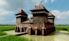 Kanizsa vára Medieval Houses, Medieval Castle, Architecture Old, Historical Architecture, Castles To Visit, Building Photography, Fantasy Castle, Castle Ruins, Fantasy Places