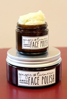 This foaming ginger & turmeric face polish recipe is wonderful for maturing skin and is crafted with a blend of natural carrier & essential oils prized for their antioxidant and anti-aging properties.