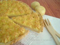 Ecco un gateau di patate diverso dal solito...più sfizioso con la base croccante e la farcitura morbida. Un successo a tavola!