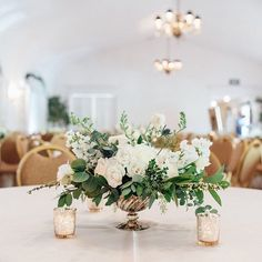 This season has been full of the best brides with amazing taste and incredible vendors.  This was a first at memorial grove house and I will say it is now one of my favorite venues!  Such a gorgeous building with a great canvas to work with.   What is your favorite wedding venue??