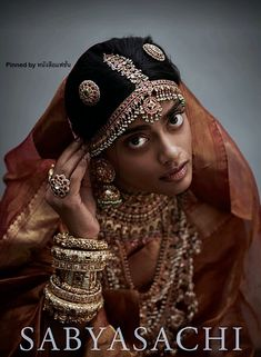 Classic South Indian wedding jewellery by Sabyasachi in 22 karat gold, studded with rubies, emeralds, Basra and Japanese cultured pearls. South Indian Bridal Jewellery, Indian Bridal Fashion, Indian Wedding Jewelry, Indian Jewelry, Silver Jewelry, Traditional Indian Jewellery, South Indian Weddings, Silver Ring, Jewlery