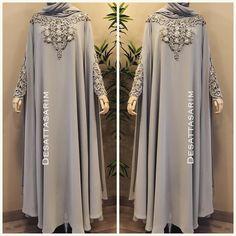 132 Likes, 5 Comments - Dubai Niqab Fashion, Muslim Fashion, Fashion Outfits, Hijab Gown, Hijab Dress Party, Ankara Mode, Modern Abaya, Kebaya Dress, Modele Hijab