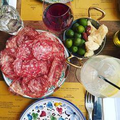Déjeuner made in Italy chez East Mamma, adresse italienne branchée de l'Est parisien : pizza, pasta et desserts comme là-bas...