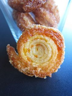 Sfogline arancia e cannella caramellate - orange and cinnamon caramelized puff pastry