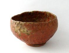 Teabowl. Japan, Edo Period, 17th century. Iga ware. Height: 3 x 5 inches (7.5 x 12.5 cm). © BachmannEckenstein
