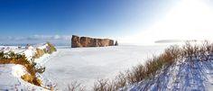 Le Rocher en hiver. Photo : Le Qc maritime, Studio du Ruisseau. #Gaspesie