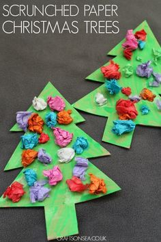 These cute scrunched paper christmas trees are a perfect easy craft for preschoolers or older kids and help promote fine motor skills too. #christmas #christmasactivities