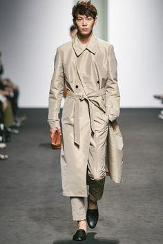 Kim Seo Ryong Seoul Spring 2016 Fashion Show