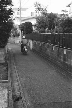 バイク (The motorbike)