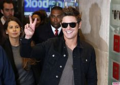 Here's Zac Efron Looking Extremely Handsome in London! Swoon.