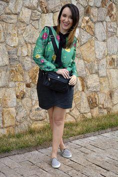 como misturar estampas, como combinar estampa de listras com floral, tênis de listras, bolsa de couro preta, uncle k, uncle k ribeirão shopping, lojas ribeirão shopping, esquadrão da moda, blog camila andrade, blogueira de moda em ribeirão preto, fashion blogger em ribeirão preto, o melhor blog de moda