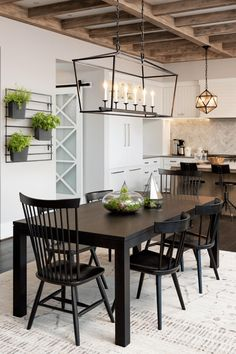 Grow herbs in your kitchen, on the walls!  Free up counter space with this modern planting system.  Leverage the modern design of the MODliv vertical planting system to incorporate herb gardening into the kitchen living space!    Any well-lit living space can be complemented by the modern lines of the MODliv planter, allowing you to grow aromatic herbs for cooking, and room scents! Farmhouse Interior, Farmhouse Design, Farmhouse Style, Coastal Farmhouse, Modern Farmhouse, Small Space Living, Small Spaces, Living Spaces, Modern Planting
