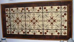 Painel me madeira demolição; grade forjada, com borboletas e rocálias. R$1.050,00