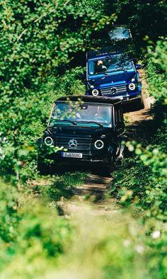Go off the beaten path. and bring friends! 📸 via Mercedes-Benz Driving Events [Mercedes-Benz G 500 Mercedes Benz G 500, Mercedes G Wagon, Mercedes Benz G Class, Mercedes Benz Cars, Jeep Cars, Auto Jeep, Mercedes Benz Wallpaper, Co2 Emission, Moto Car