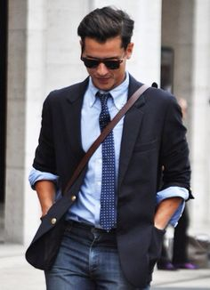 mens business shirts for your new look in office :- http://shirtup.com.au