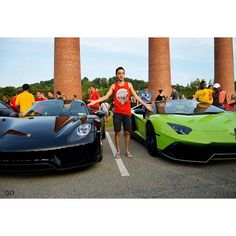 No one mind how stupid I look im just in shock standing next to a $1000000 Porshce 918 Spyder and a 1 out of 100 Lamborghini Aventador #Spyder #918 #Porsche  #Lamborghini #Aventador #supercar by _cars_for_days_330