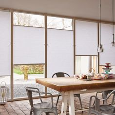 Friday design inspiration with Top Down Bottom Up Duette Honeycomb Shades. Blinds For Windows, Curtains With Blinds, Large Window Coverings, Honeycomb Shades, Window Privacy, Hunter Douglas, Asian Home Decor, Curtains Living, Window Design